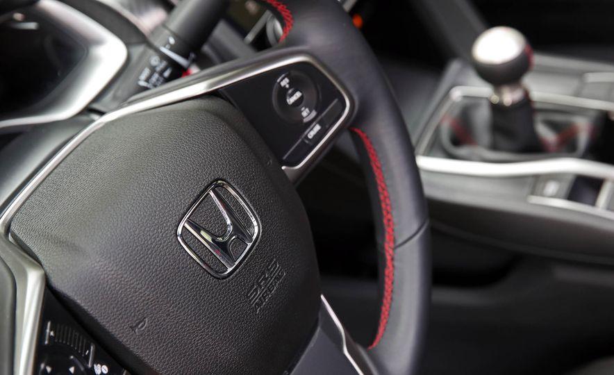 2017 Honda Civic Si Sedan - Slide 46