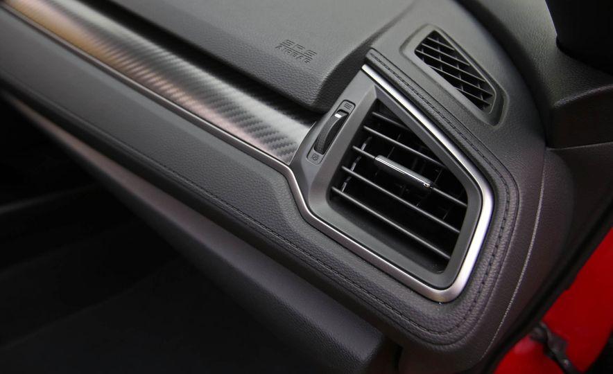 2017 Honda Civic Si Sedan - Slide 59