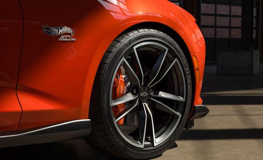 2018 Camaro Hot Wheels Edition - Slide 16