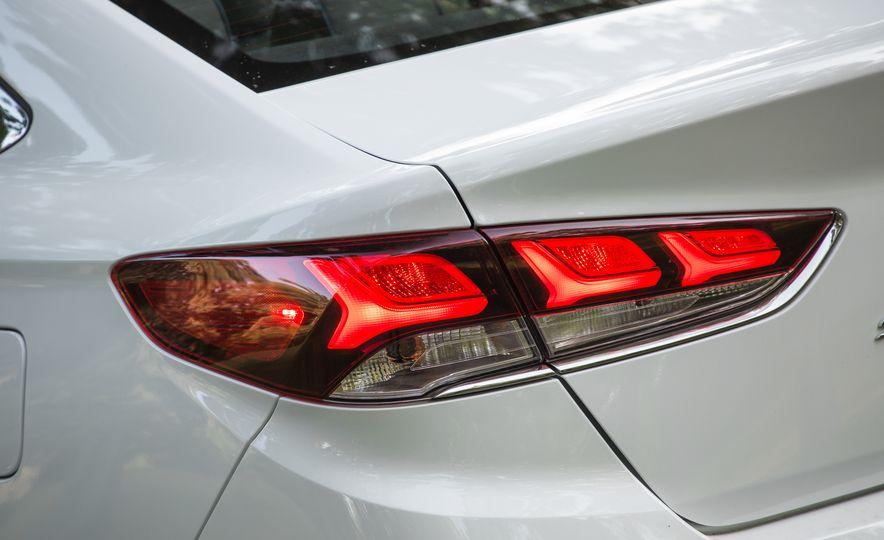 2018 Hyundai Sonata Limited - Slide 22