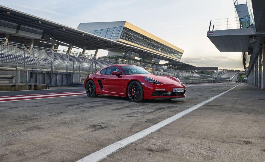 2018 Porsche 718 Boxter GTS - Slide 10