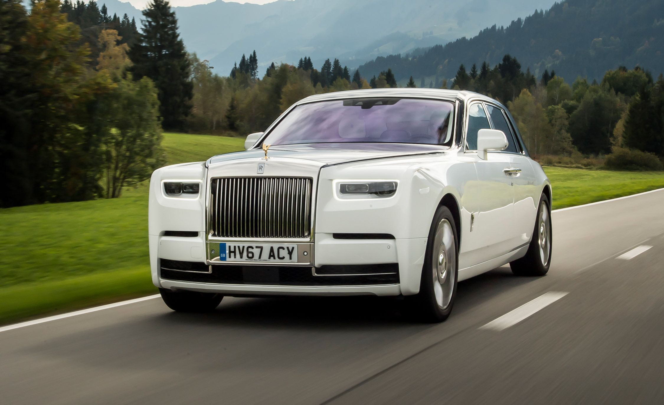 rolls royce 2015 phantom price auto express. Black Bedroom Furniture Sets. Home Design Ideas