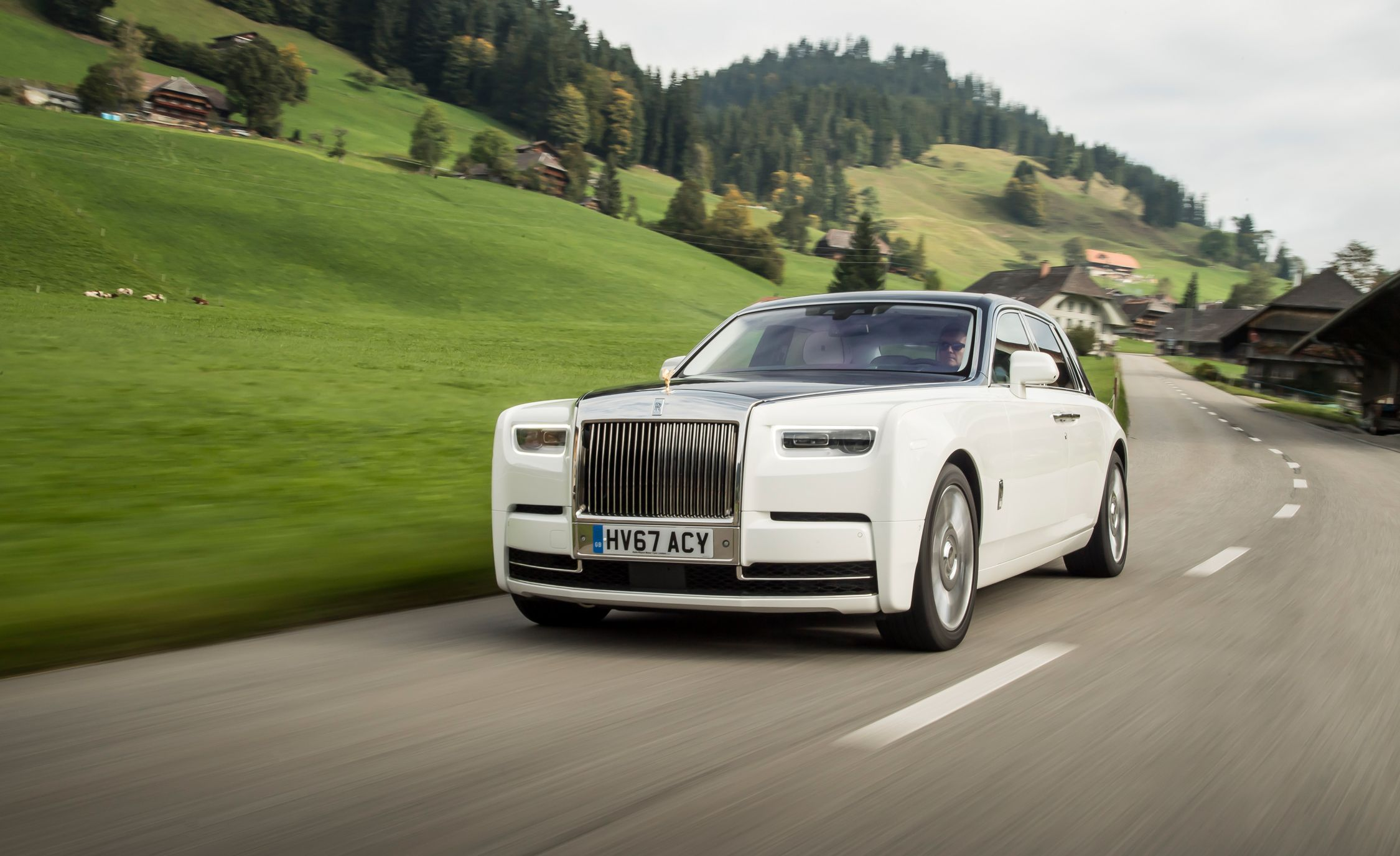 2018 Rolls Royce Phantom Reviews Price Photos And Specs Car Driver
