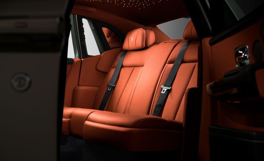 2018 Rolls-Royce Phantom VIII - Slide 7