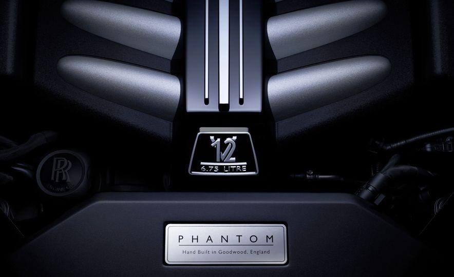 2018 Rolls-Royce Phantom VIII - Slide 9
