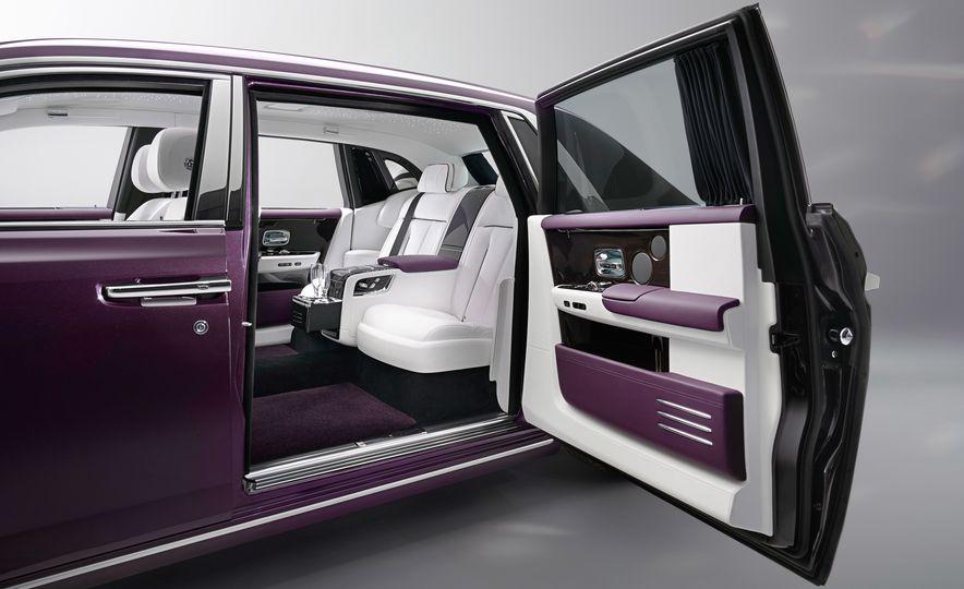 2018 Rolls-Royce Phantom VIII - Slide 12