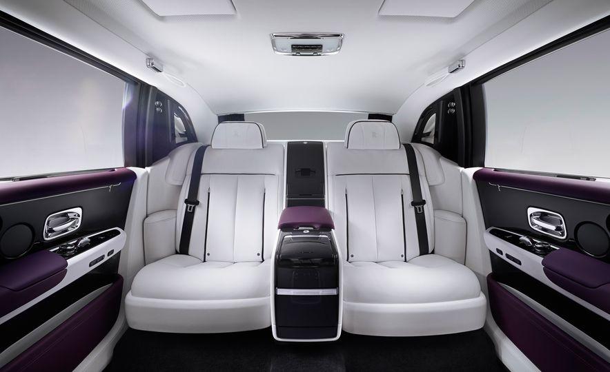 2018 Rolls-Royce Phantom VIII - Slide 15