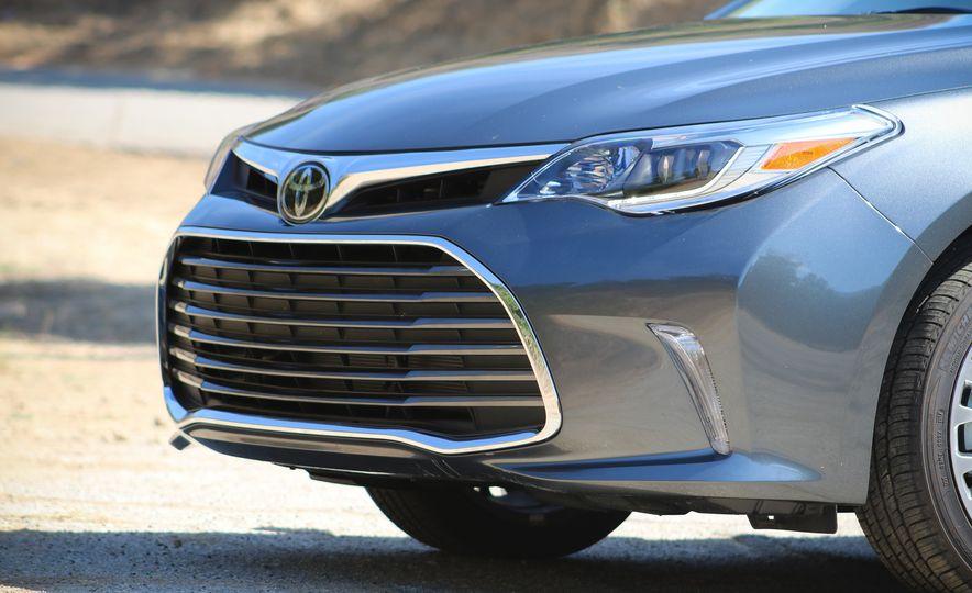 2018 Toyota Avalon Limited - Slide 13