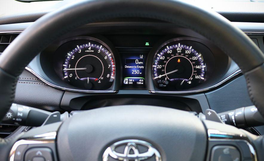 2018 Toyota Avalon Limited - Slide 22
