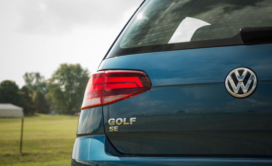 2018 Volkswagen Golf - Slide 21