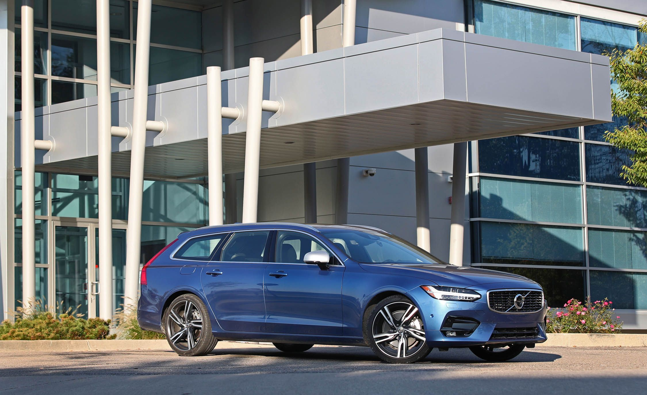 Volvo offers Costco Members $3000 Incentives News