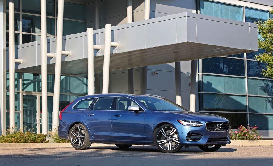 2018 Volvo V90 T6 R Design AWD - Slide 12
