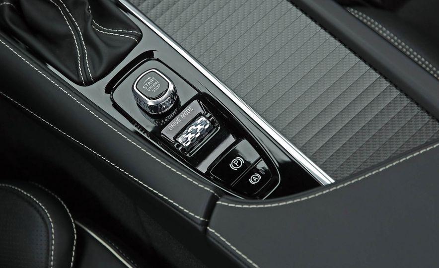 2018 Volvo V90 T6 R Design AWD - Slide 52