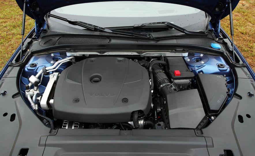 2018 Volvo V90 T6 R Design AWD - Slide 78
