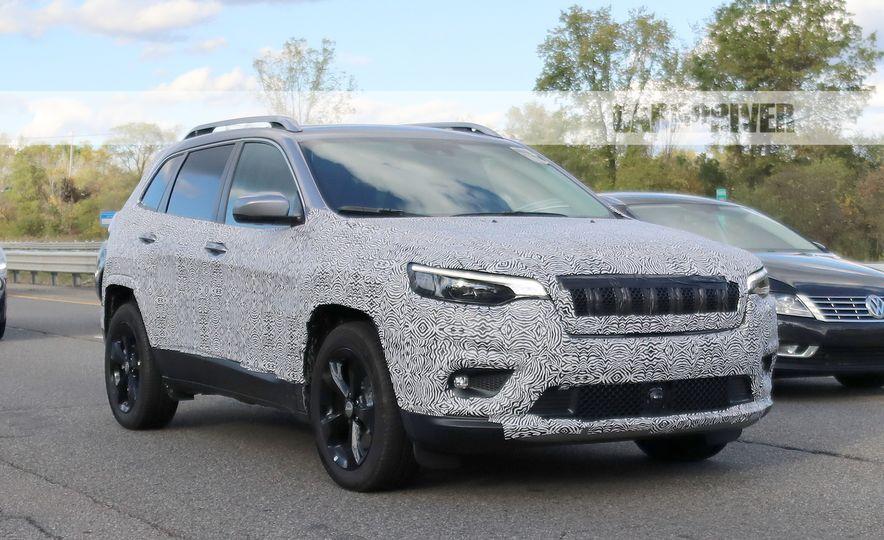 2019 Jeep Cherokee - Slide 10