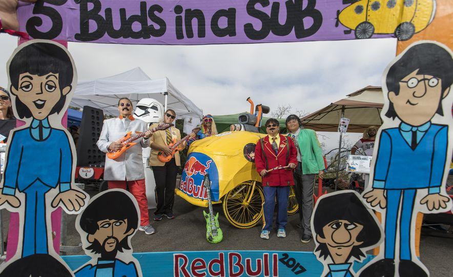 Gravity in Technicolor: 2017 Los Angeles Red Bull Soapbox Race - Slide 4