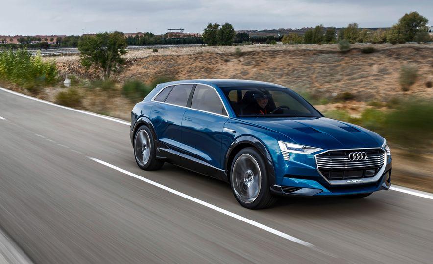 Audi e-tron Sportback concept - Slide 21