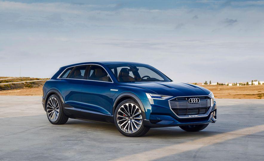 Audi e-tron Sportback concept - Slide 24