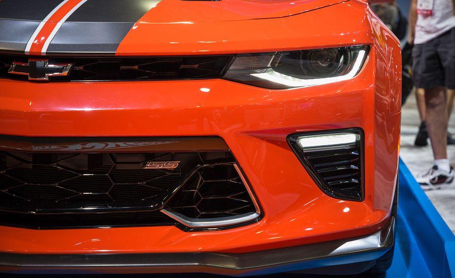 2018 Camaro Hot Wheels Edition - Slide 5