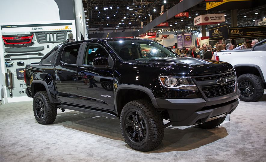 2018 Chevrolet Colorado ZR2 Midnight Edition - Slide 1