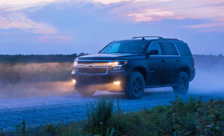 Chevrolet Tahoe Midnight Edition - Slide 6