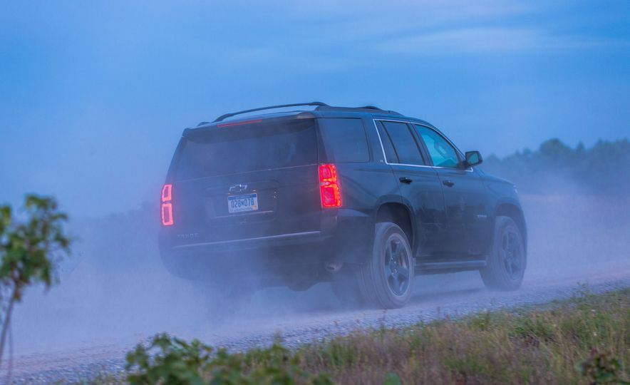 Chevrolet Tahoe Midnight Edition - Slide 7