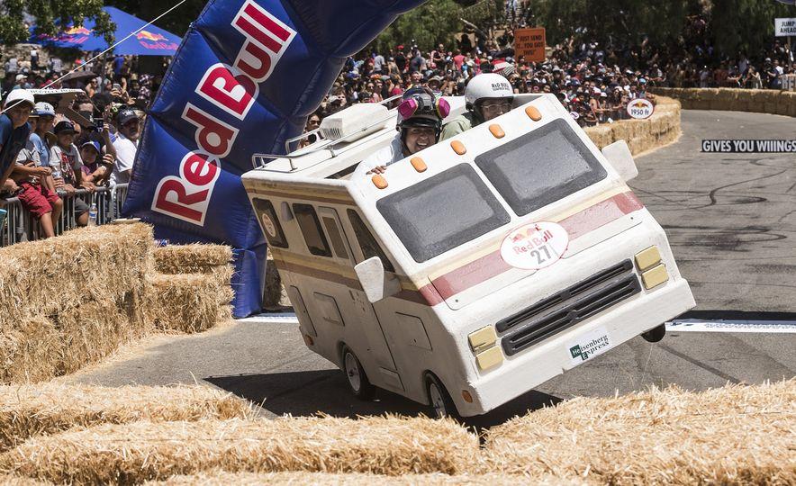 Gravity in Technicolor: 2017 Los Angeles Red Bull Soapbox Race - Slide 15