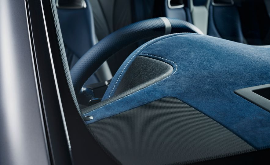 Lexus RC F Special 10th Anniversary Edition - Slide 12