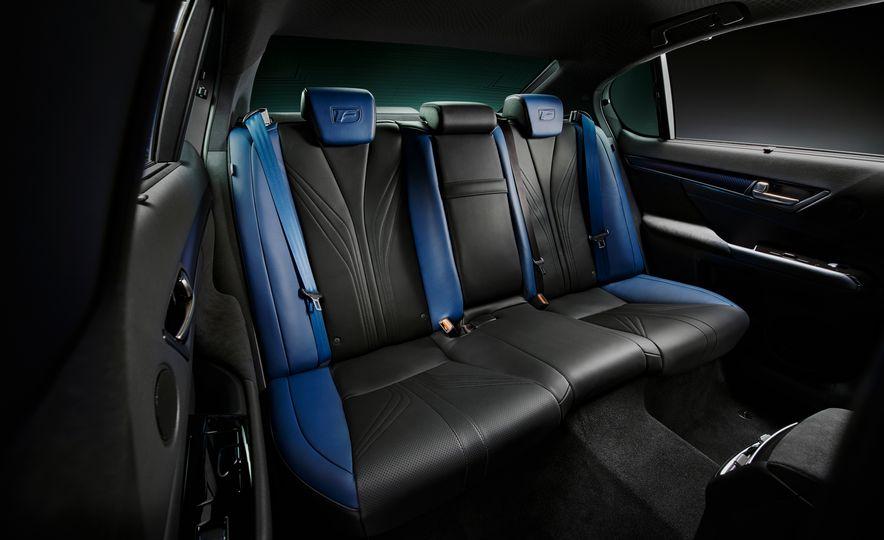 Lexus RC F Special 10th Anniversary Edition - Slide 18