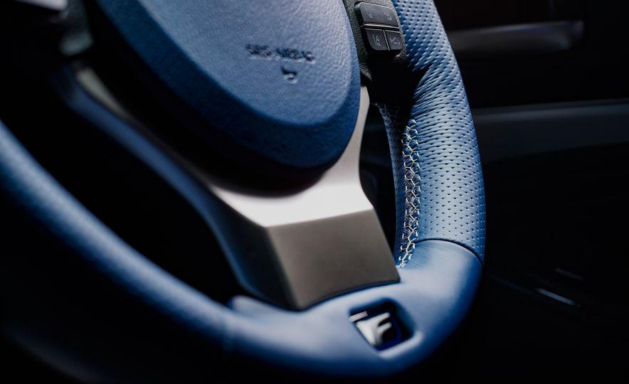 Lexus RC F Special 10th Anniversary Edition - Slide 5