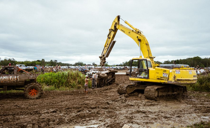 Add Water To Dirt and You Get Mud. Add Beer, Weed, and 15,000 People To Mud and You Get Michigan Mud Jam - Slide 12