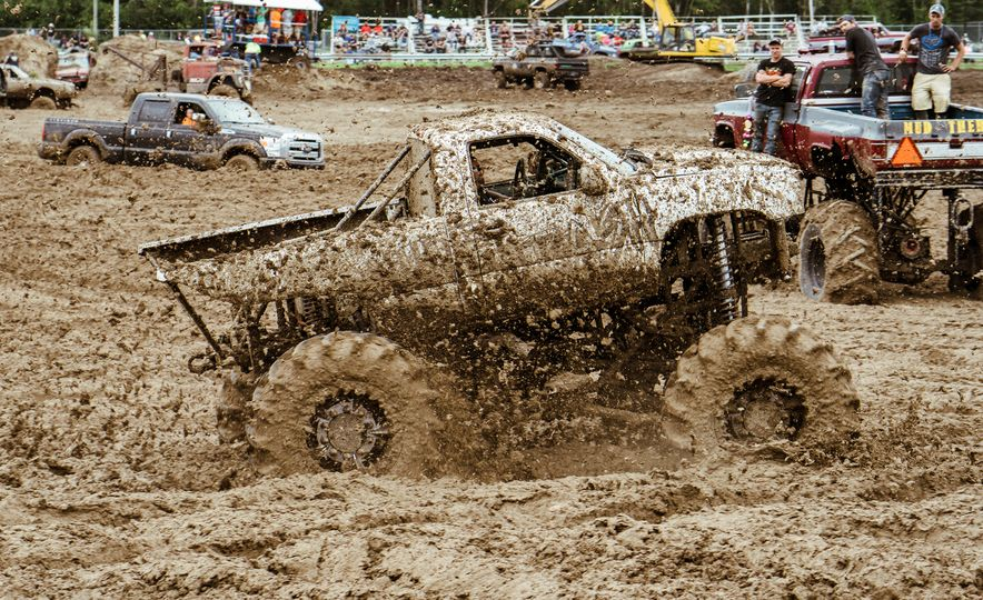 Add Water To Dirt and You Get Mud. Add Beer, Weed, and 15,000 People To Mud and You Get Michigan Mud Jam - Slide 13