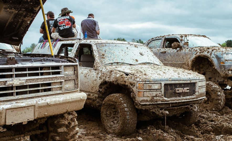 Add Water To Dirt and You Get Mud. Add Beer, Weed, and 15,000 People To Mud and You Get Michigan Mud Jam - Slide 18