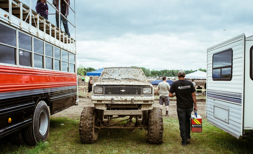 Add Water To Dirt and You Get Mud. Add Beer, Weed, and 15,000 People To Mud and You Get Michigan Mud Jam - Slide 19