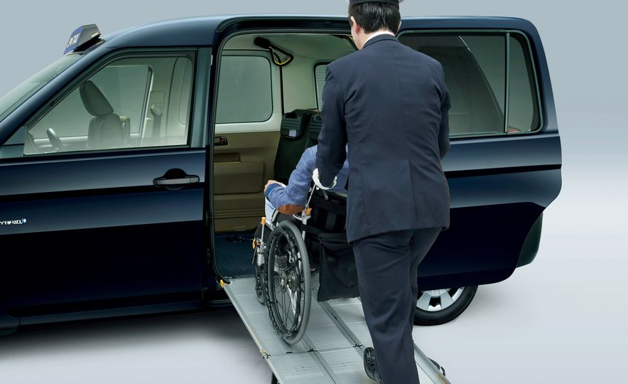 Toyota JPN Taxi - Slide 20