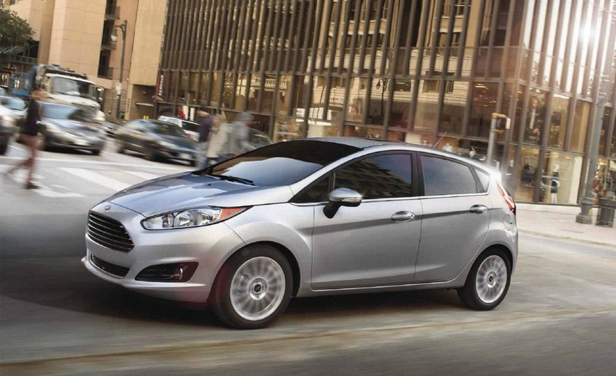 2017 Ford Fiesta Hatchback Automatic - Slide 2