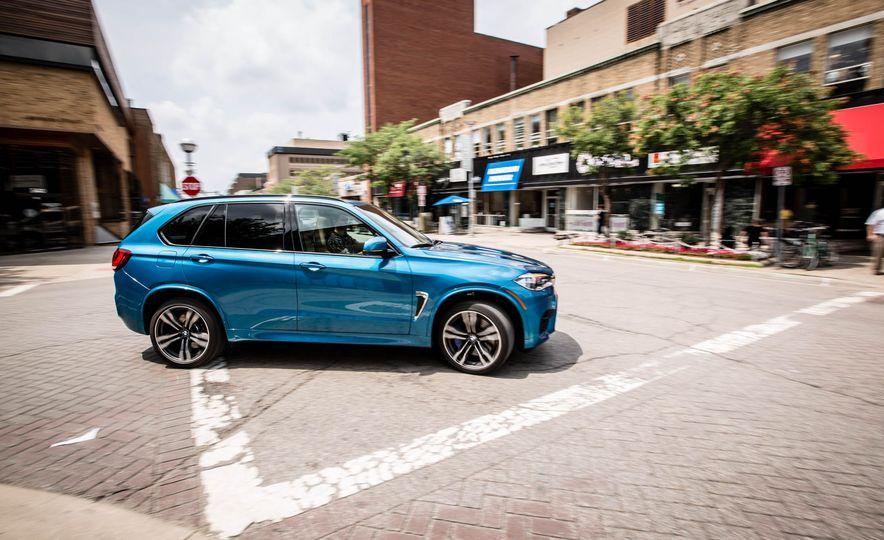 2017 BMW X5 M - Slide 2