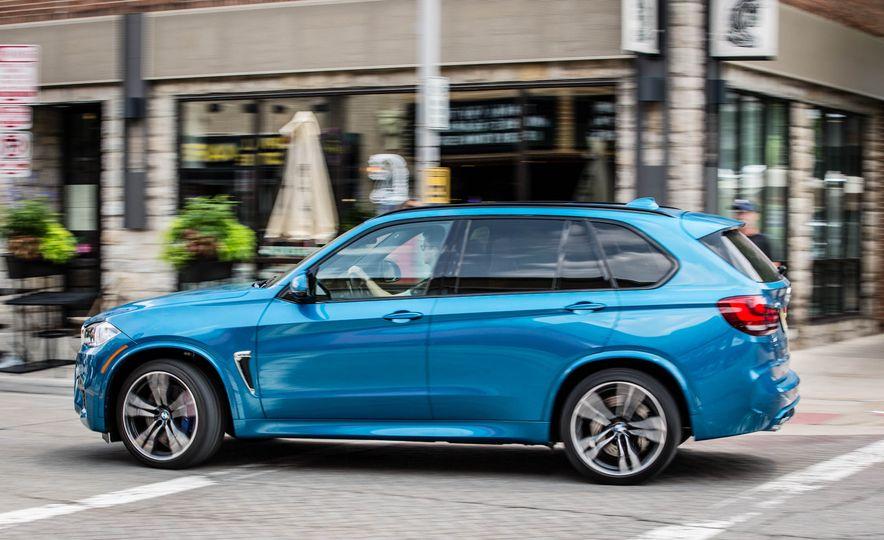 2017 BMW X5 M - Slide 5
