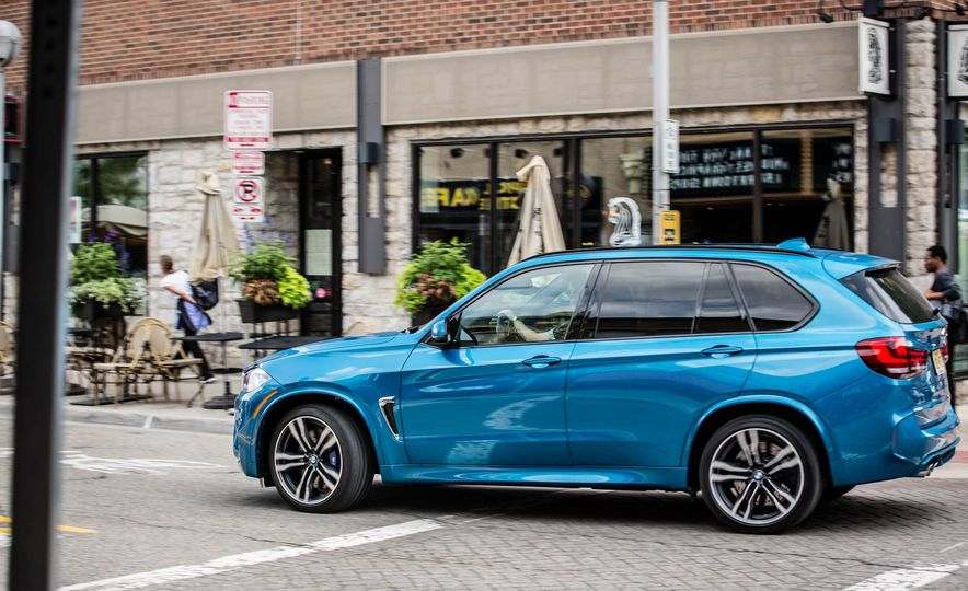 2017 BMW X5 M - Slide 9