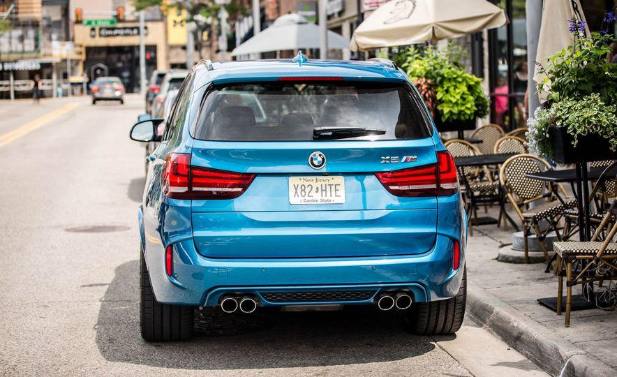 2017 BMW X5 M - Slide 16