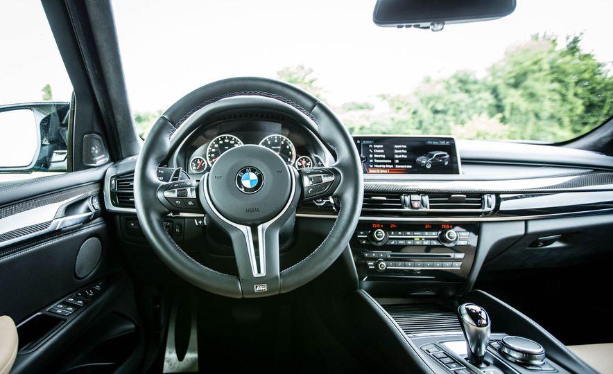 2017 BMW X5 M - Slide 28