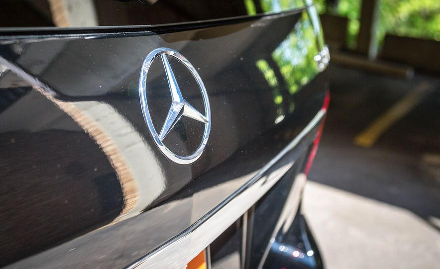 2017 Mercedes-AMG GLS63 - Slide 18