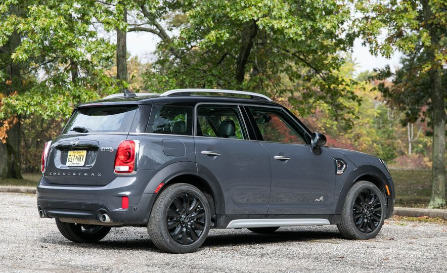 2017 Mini Cooper S Countryman All4 - Slide 5