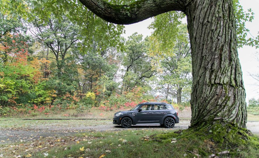 2017 Mini Cooper S Countryman All4 - Slide 11