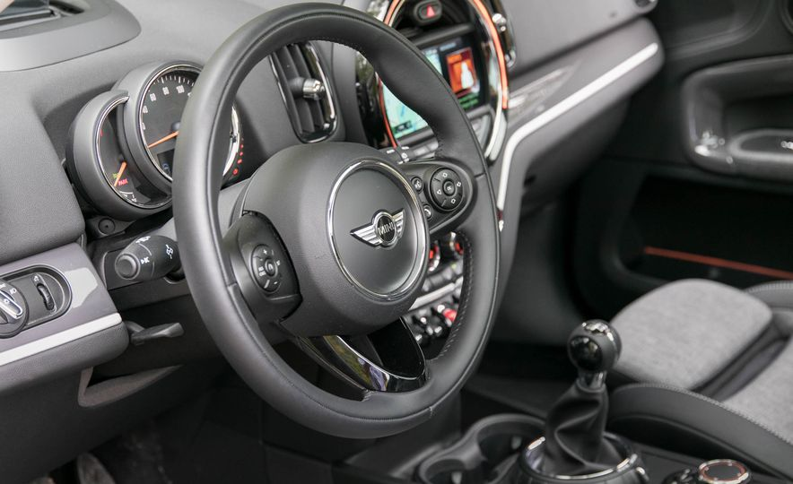 2017 Mini Cooper S Countryman All4 - Slide 42