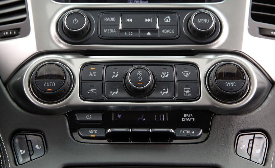2017 Chevrolet Tahoe Z71 - Slide 38