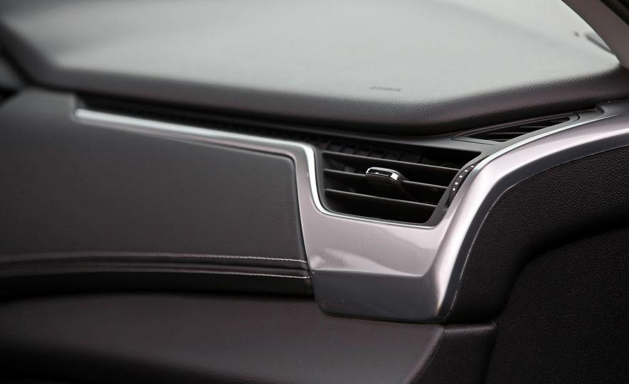 2017 Chevrolet Tahoe Z71 - Slide 43