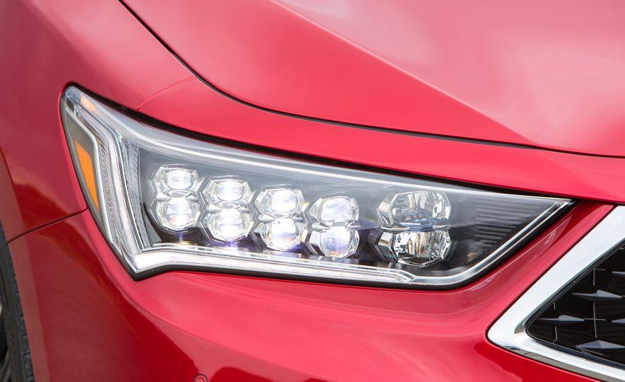 2018 Acura RLX Sport SH-AWD hybrid - Slide 30