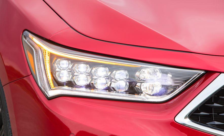 2018 Acura RLX Sport SH-AWD hybrid - Slide 31