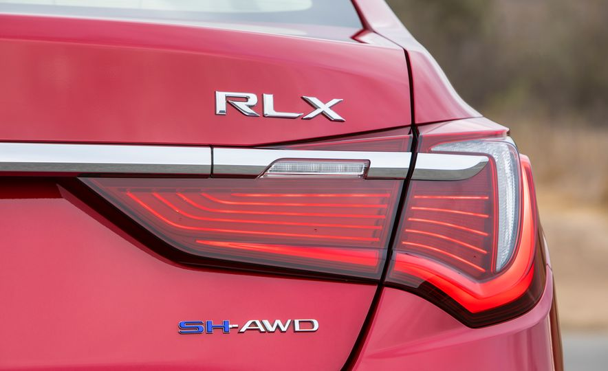 2018 Acura RLX Sport SH-AWD hybrid - Slide 37